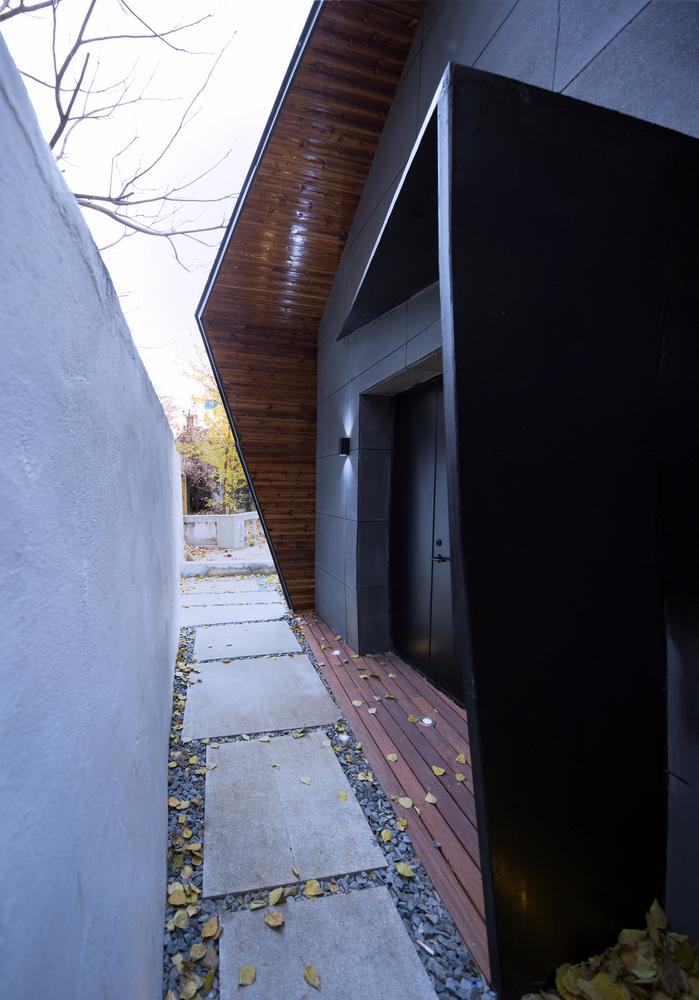 Moderan bungalov za tročlanu porodicu u strogom centru grad