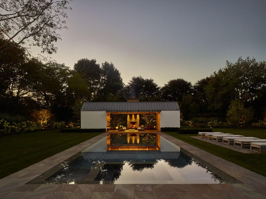 Luksuzan-letnjikovac-sa-bazenom-okružen-zelenilom-prospekt